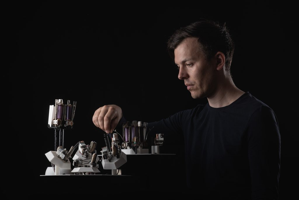 Moritz Simon Geist to release the world's first techno record played entirely by self-made robots