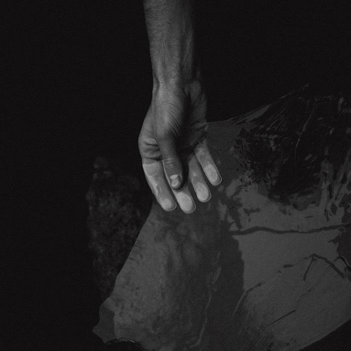 Blazej Malinowski – At The End (Oscar Mulero Remix)